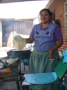 Tere making tortillas in Teotitlán del Valle