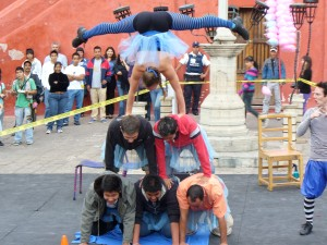 Cervantino Festival in Guanajuato: life in Mexico is really a giant balancing act
