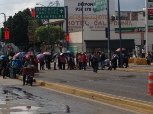 Protesters at Juárez and Chapultapec, in front of the closed Pemex station